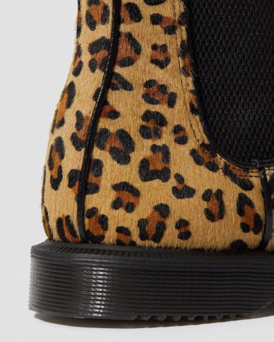 Flora - Hair on Leopard 2